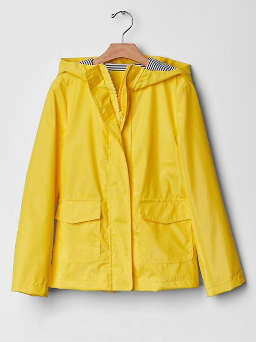 The Classic Yellow Rain Coat Trend Raindrops Of Sapphire