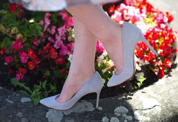 raye-grey-pumps