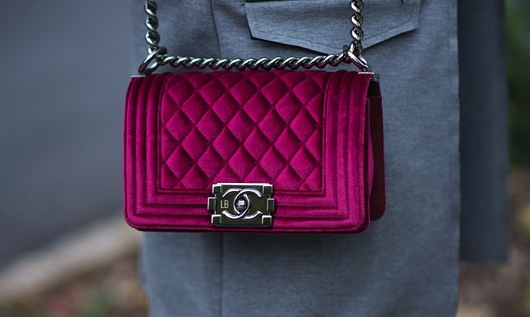 chanel-small-boy-bag-velvet-bordeaux