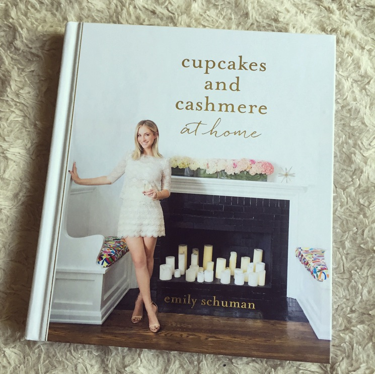 cupcakes-cashmere-book