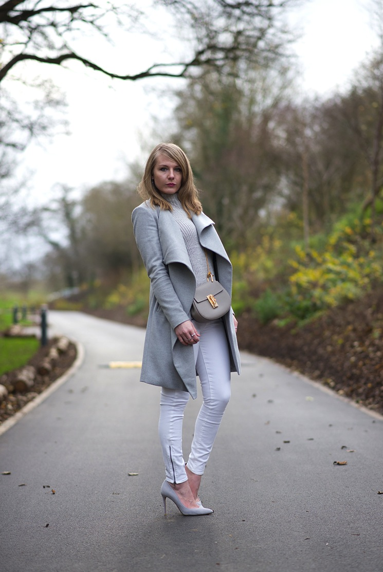 grey-coat-top-white-jeans
