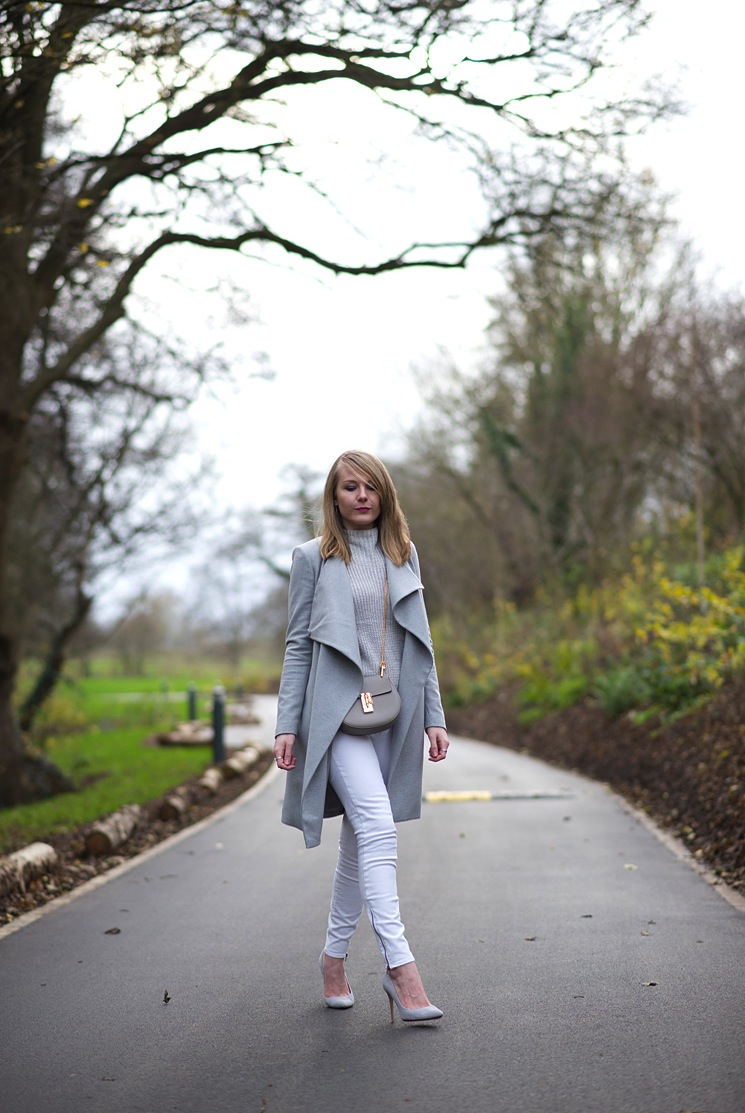 uk-fashion-blogger-grey-coat