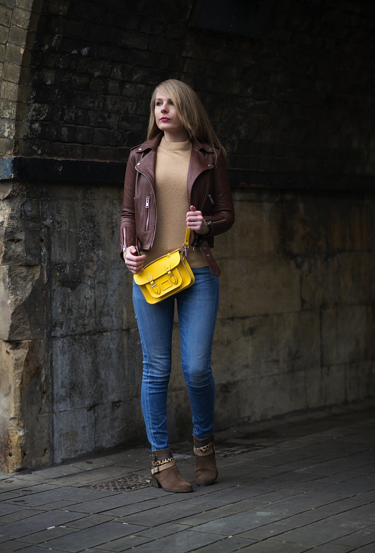 fashion-blogger-in-all-saints-leather-jacket-brown