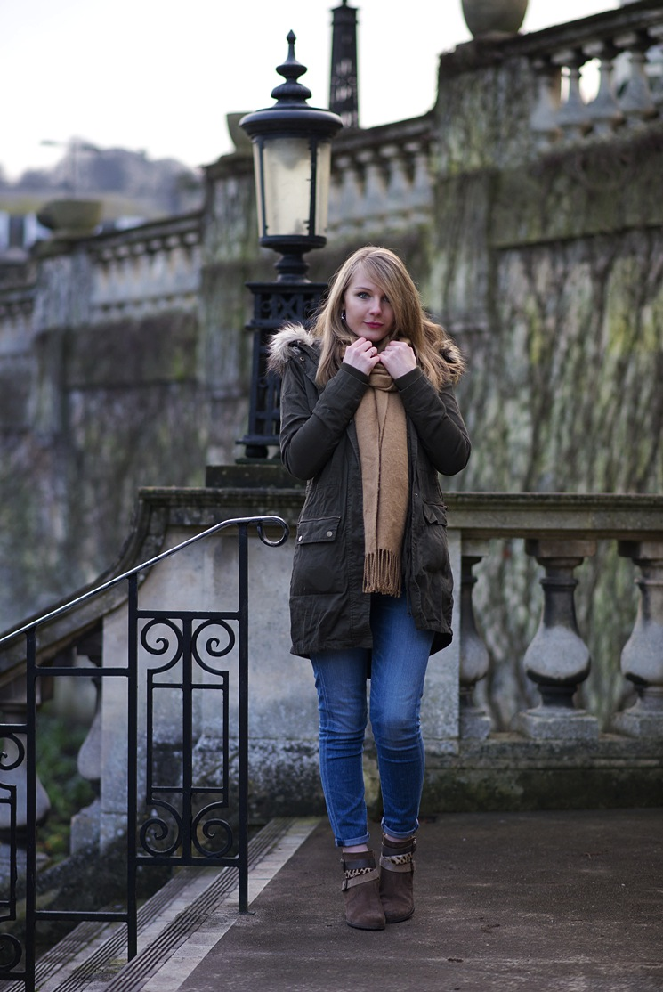 parka-coat-with-jeans
