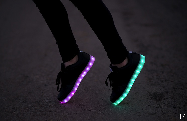light-up-led-shoes-sneakers