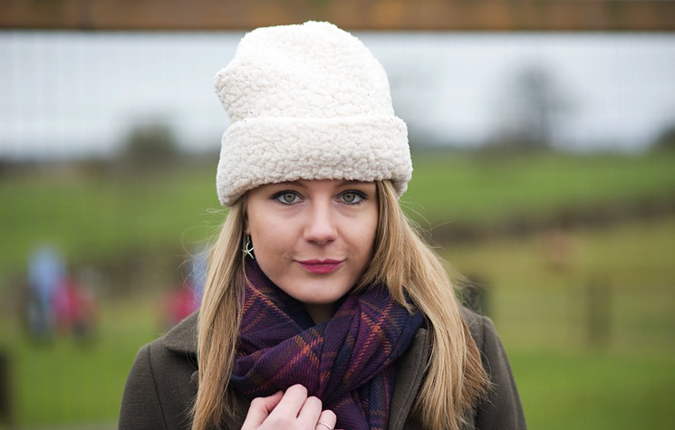 uk-fashion-blogger-winter-hat