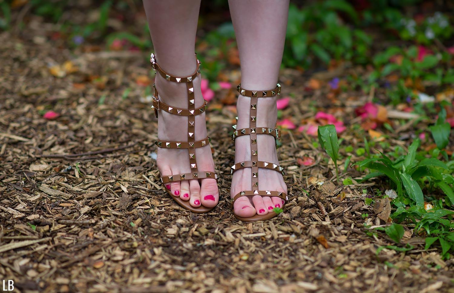 valentino city rockstud sandals tobacco brown 3