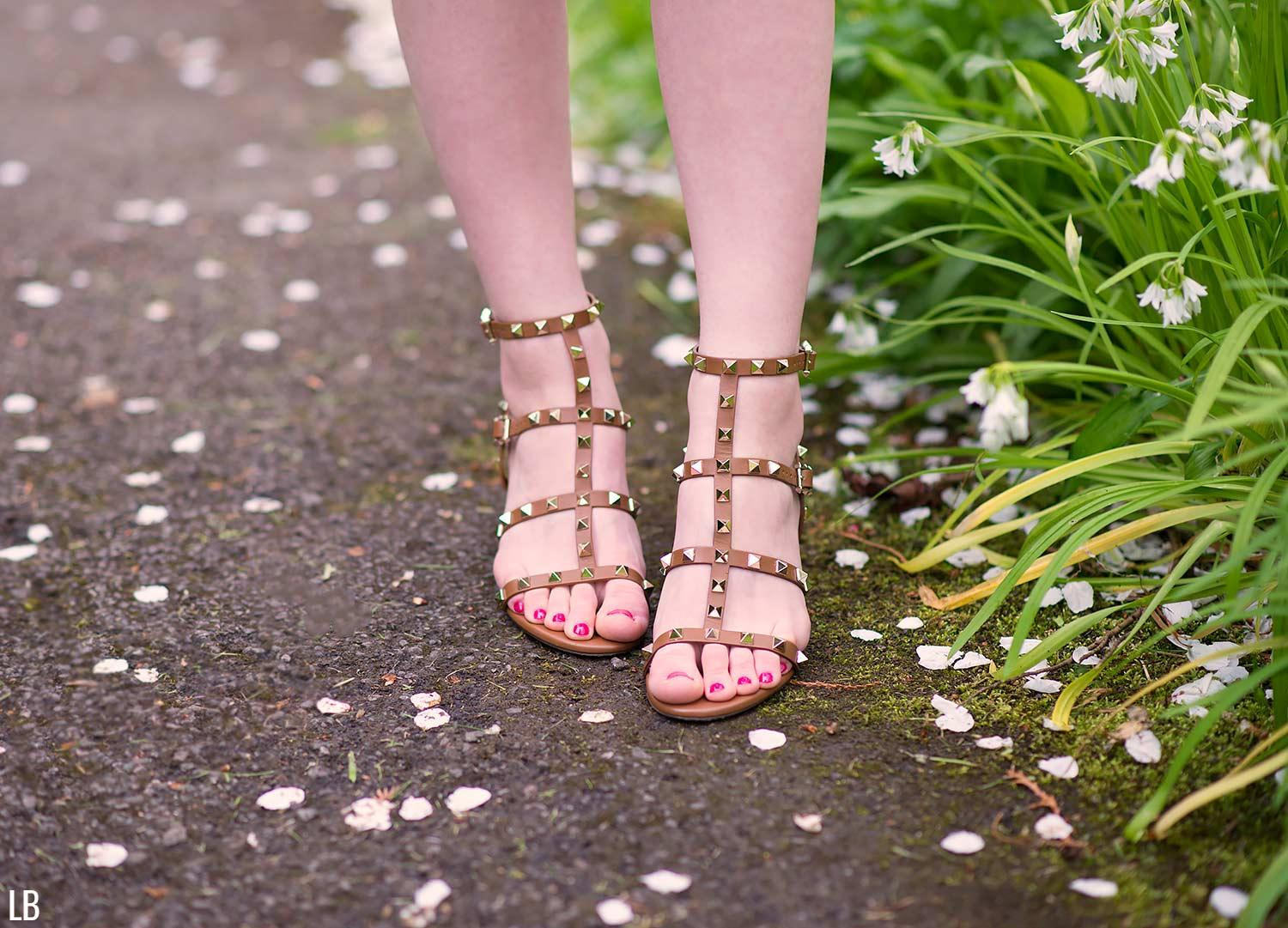 valentino-rockstud-brown-city-sandals