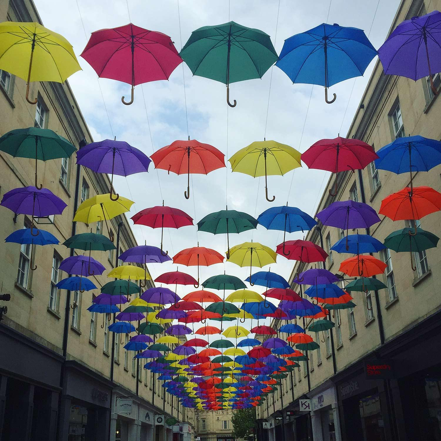 bath-rainbow-umbrella-art