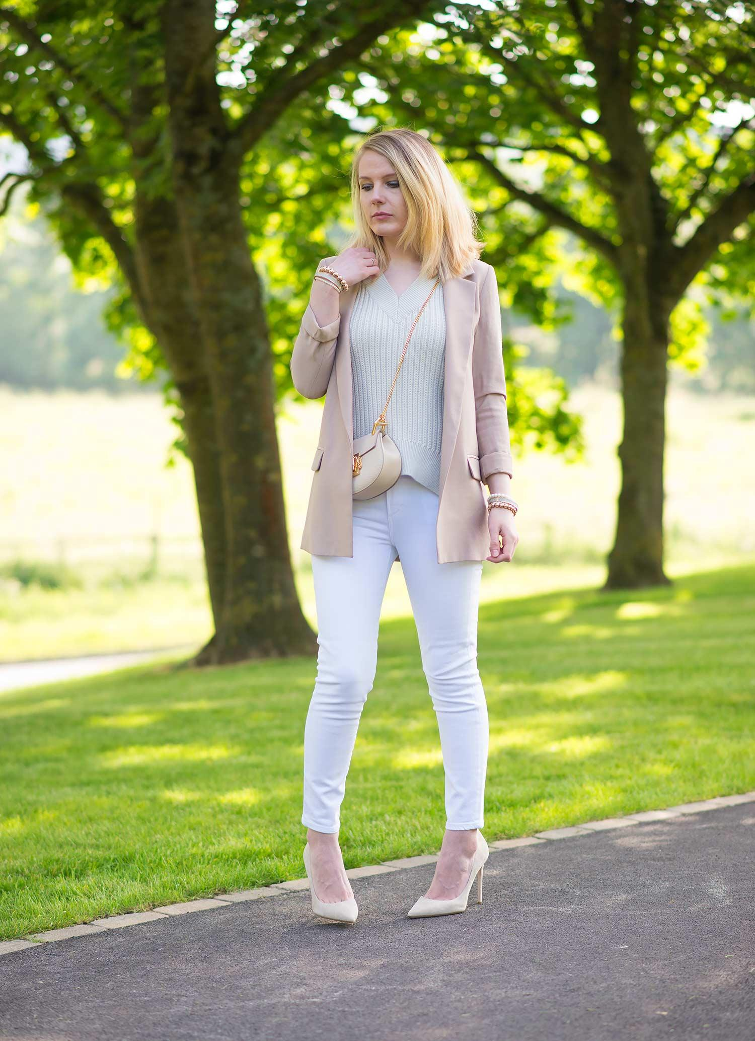 lorna burford uk fashion blog model