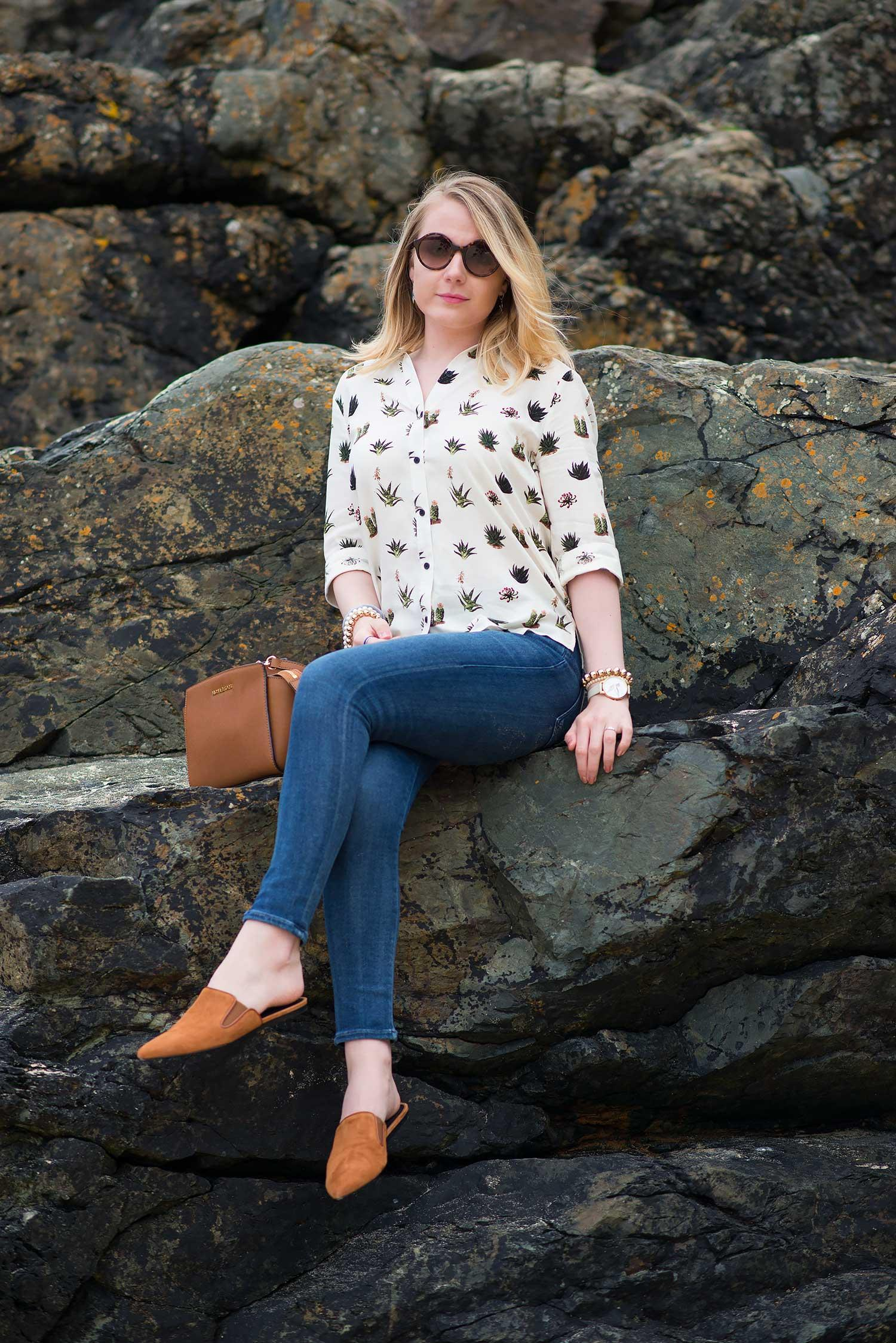 lorna-burford-sat-on-rocks
