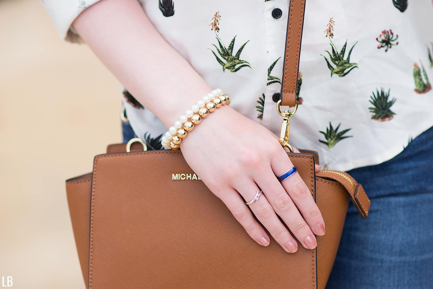 mood-ring-michael-kors-selma-bag