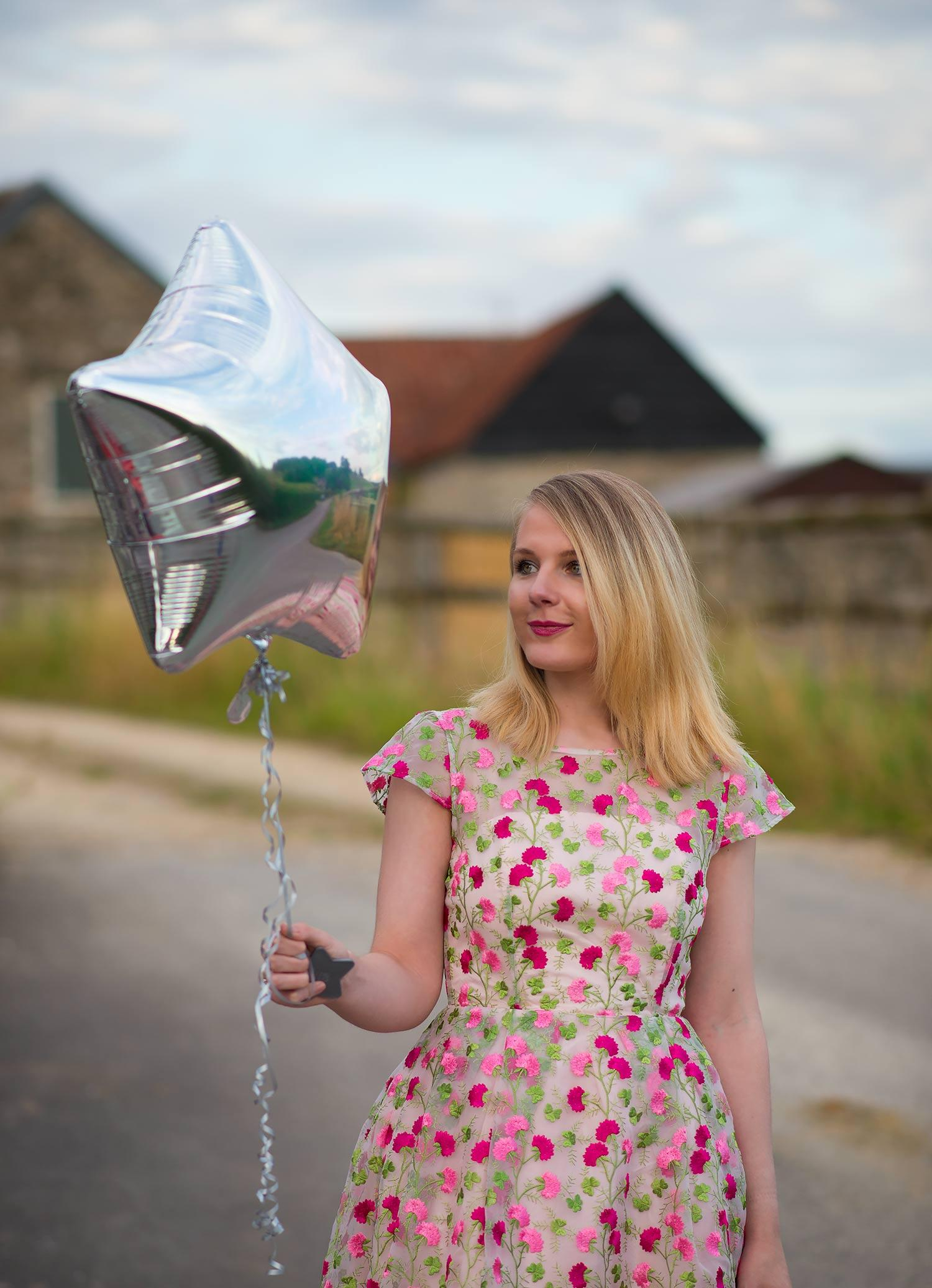 lorna burford fashion blogger birthday balloon
