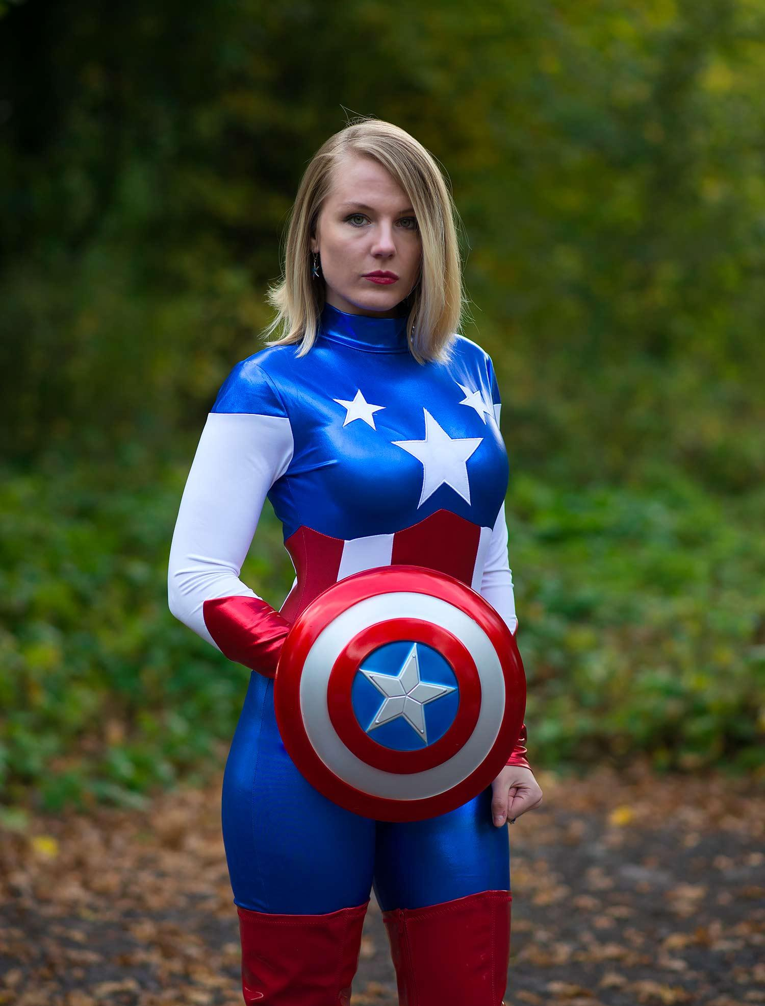 lorna-burford-miss-captain-america-costume-girl-5