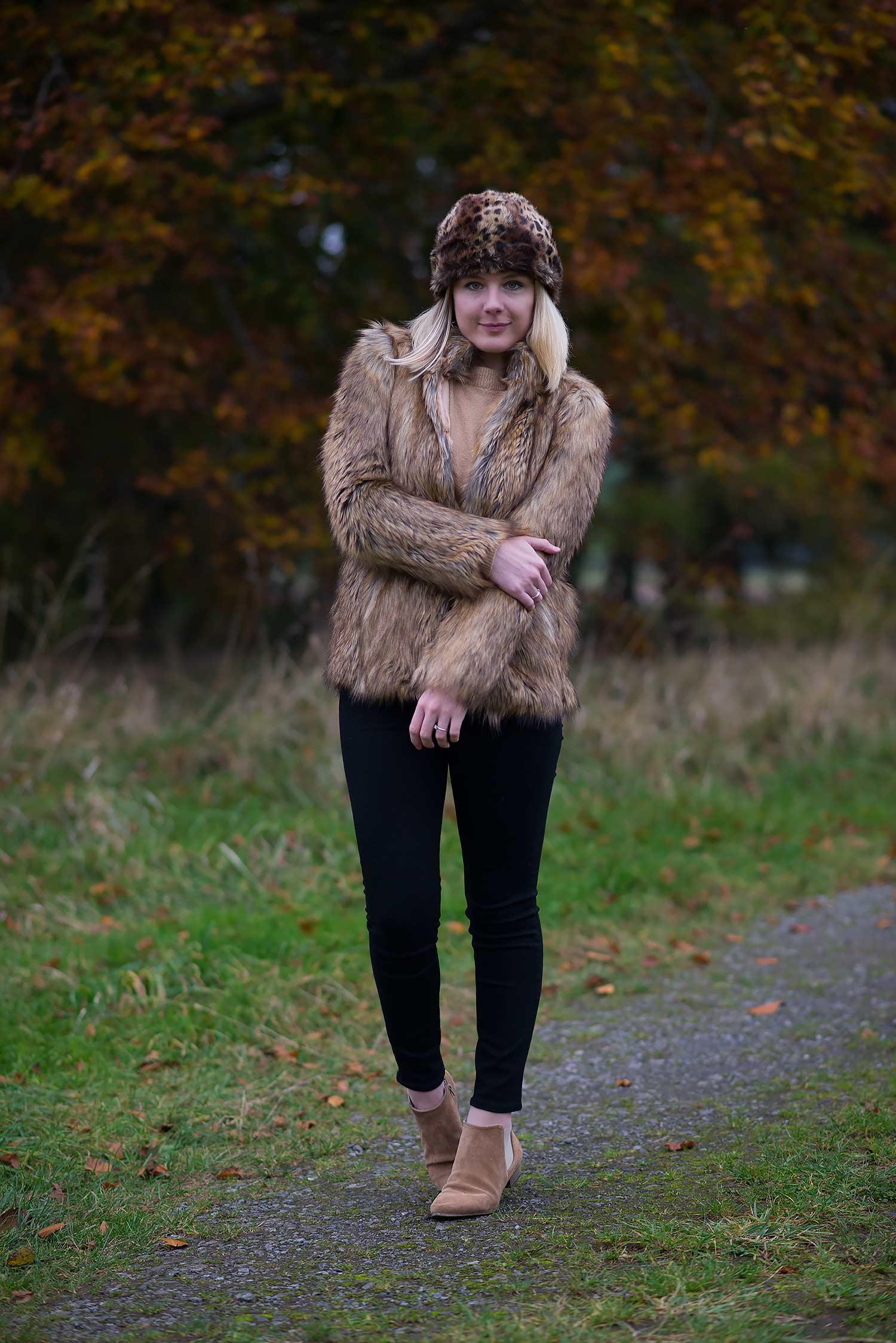 fashion-blogger-outfit-with-faux-fur-coat