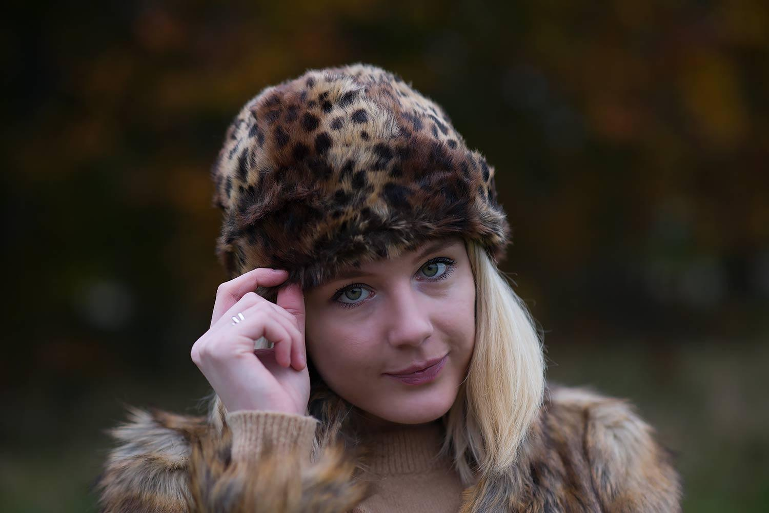 faux-fur-topshop-leopard-hat-winter-blogger