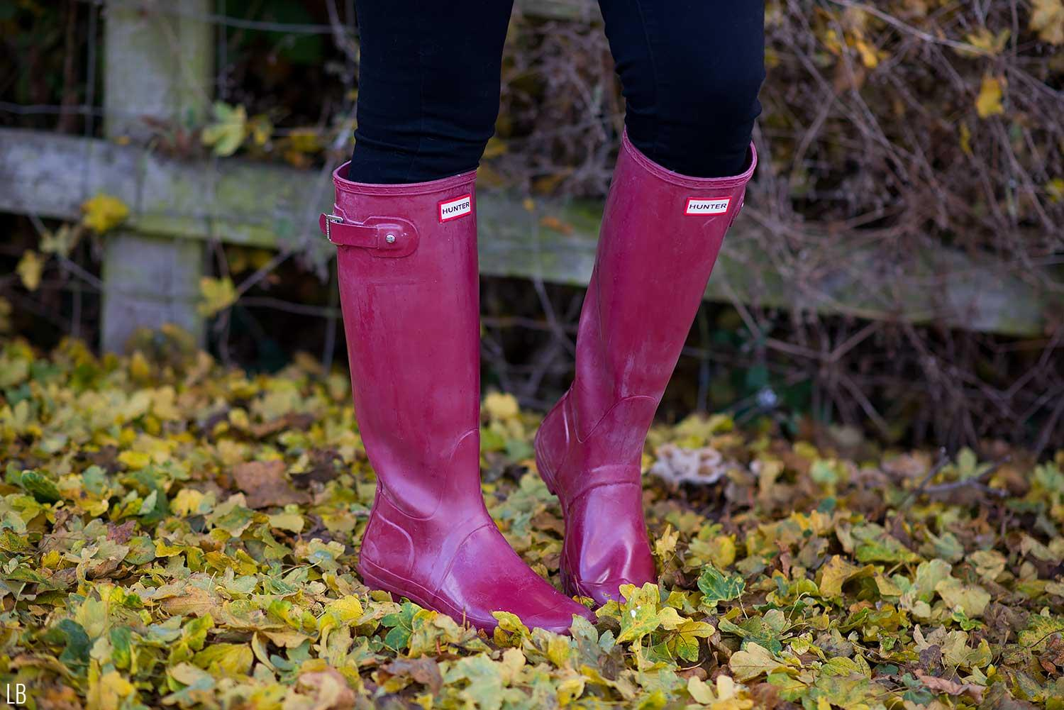 hunter-original-wellies-damson-red