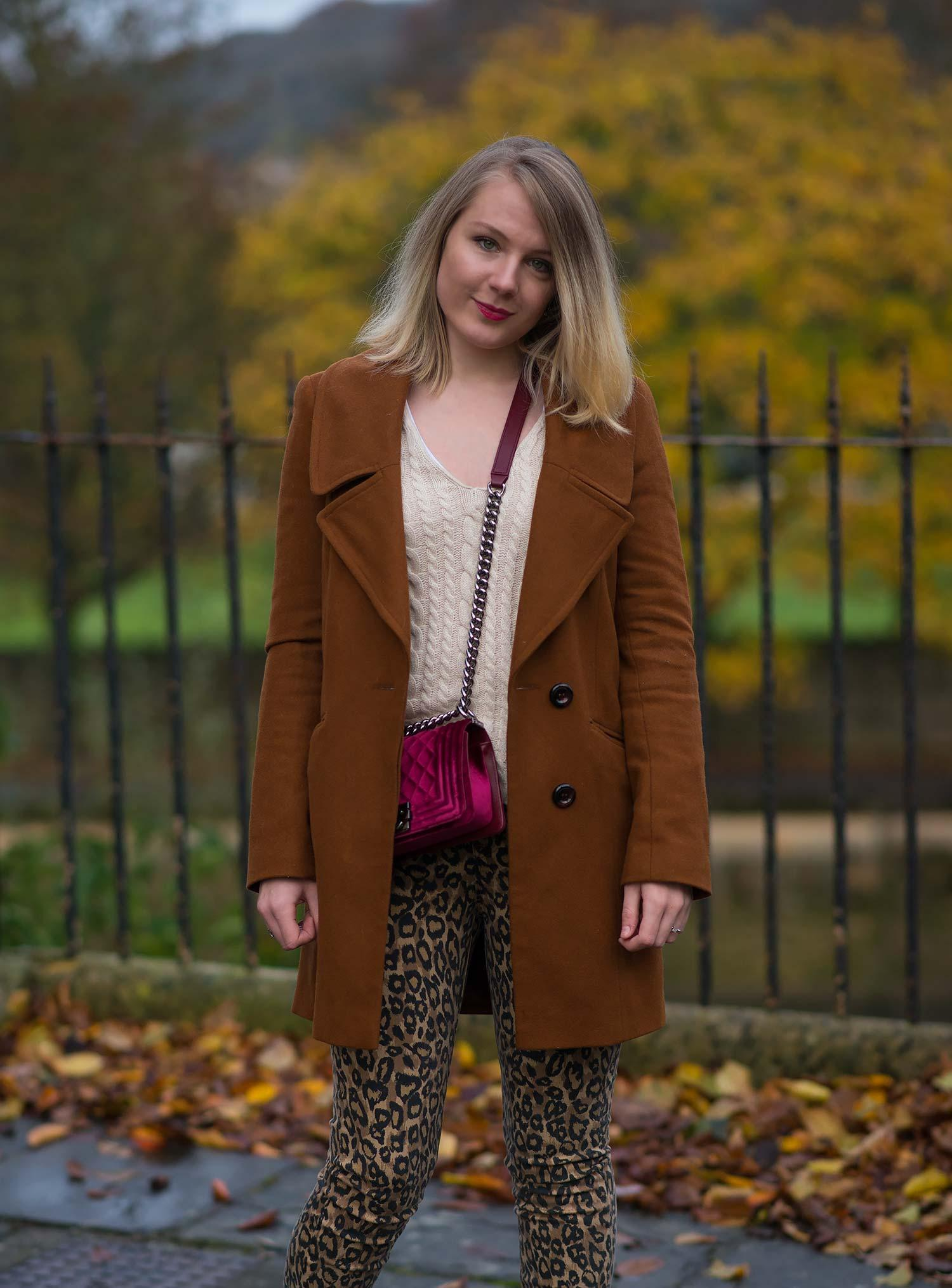tan-coat-street-style-blogger