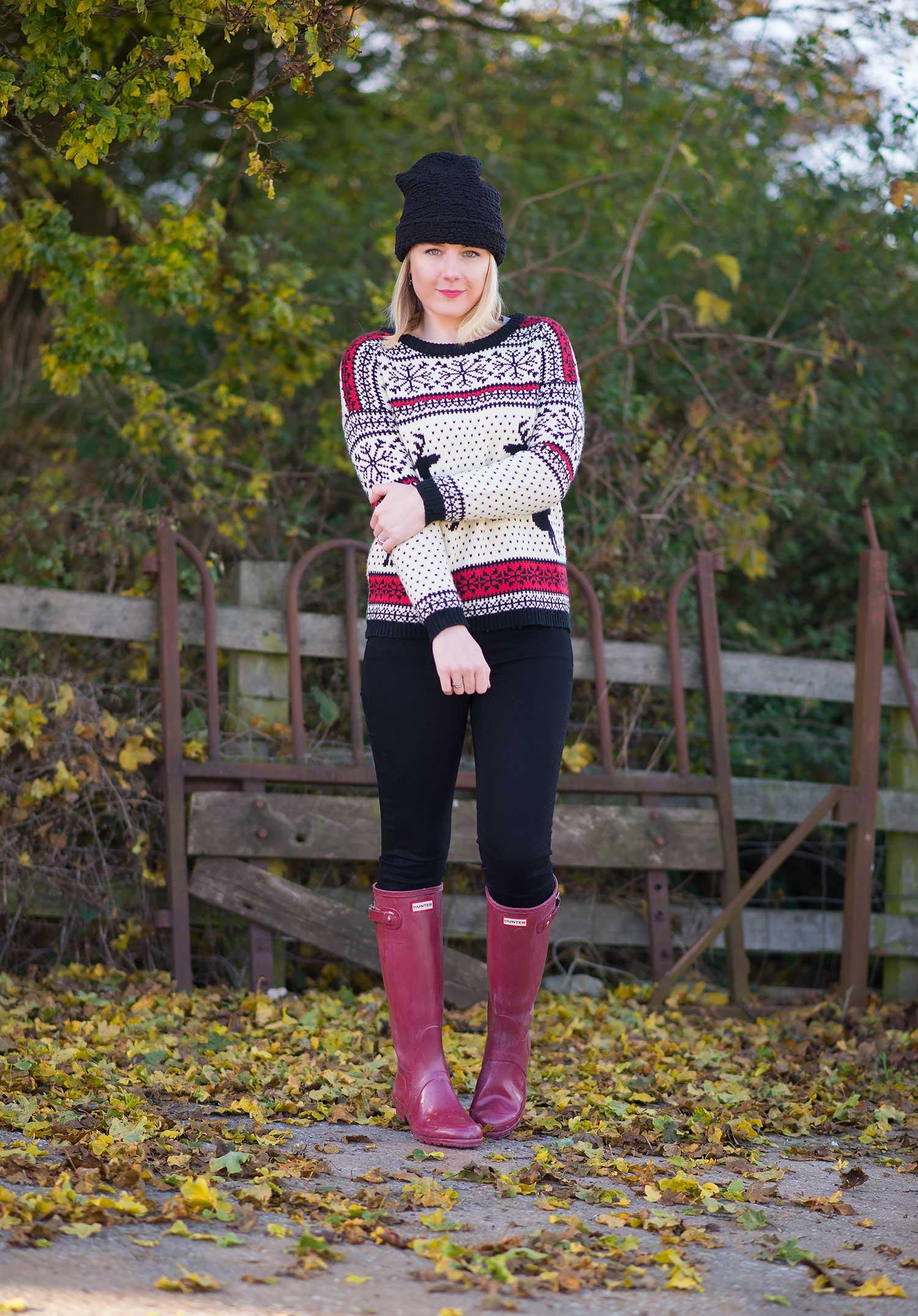 uk-fashion-blogger-christmas-jumper-and-wellies