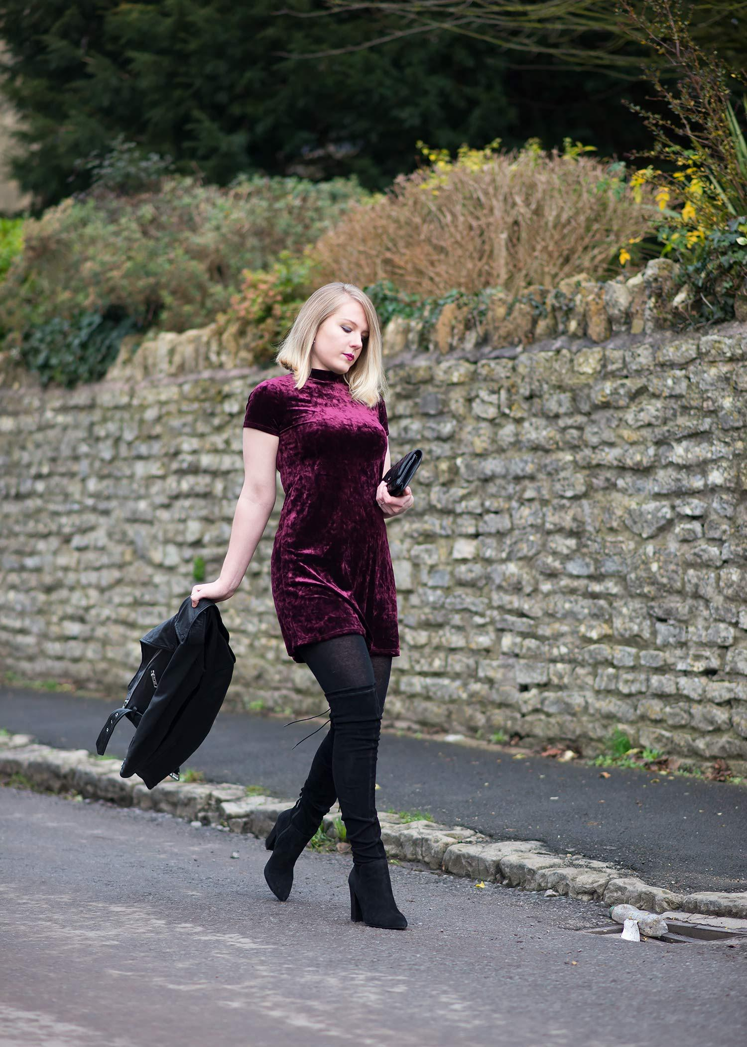fashion-blogger-velvet-dress