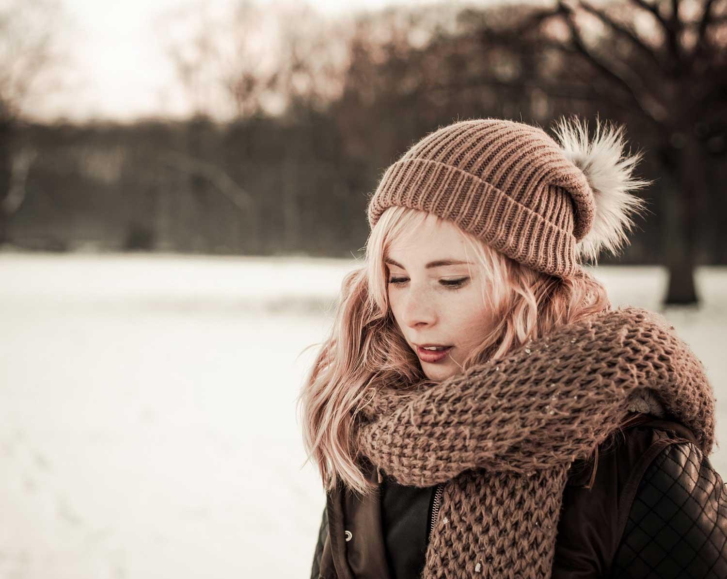 hat-scarf-winter