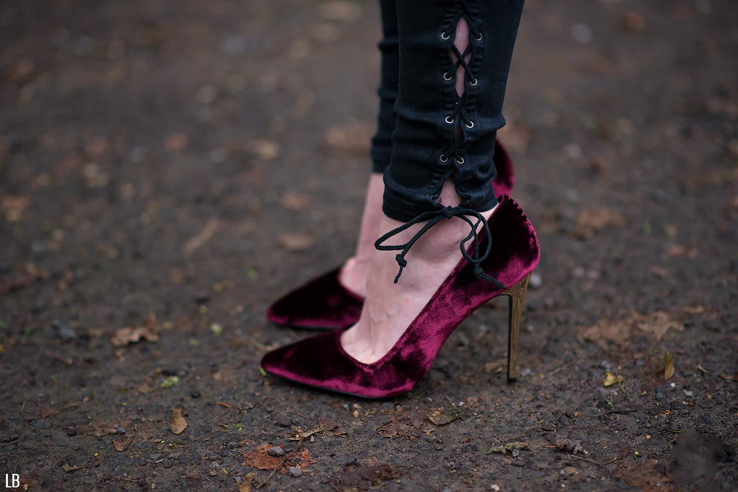 alice-olivia-velvet-pumps-heels-shoes-burgundy