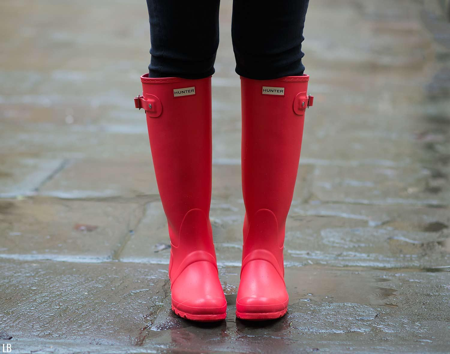 Rainy Days In Bright Coral Wellies | Raindrops of Sapphire