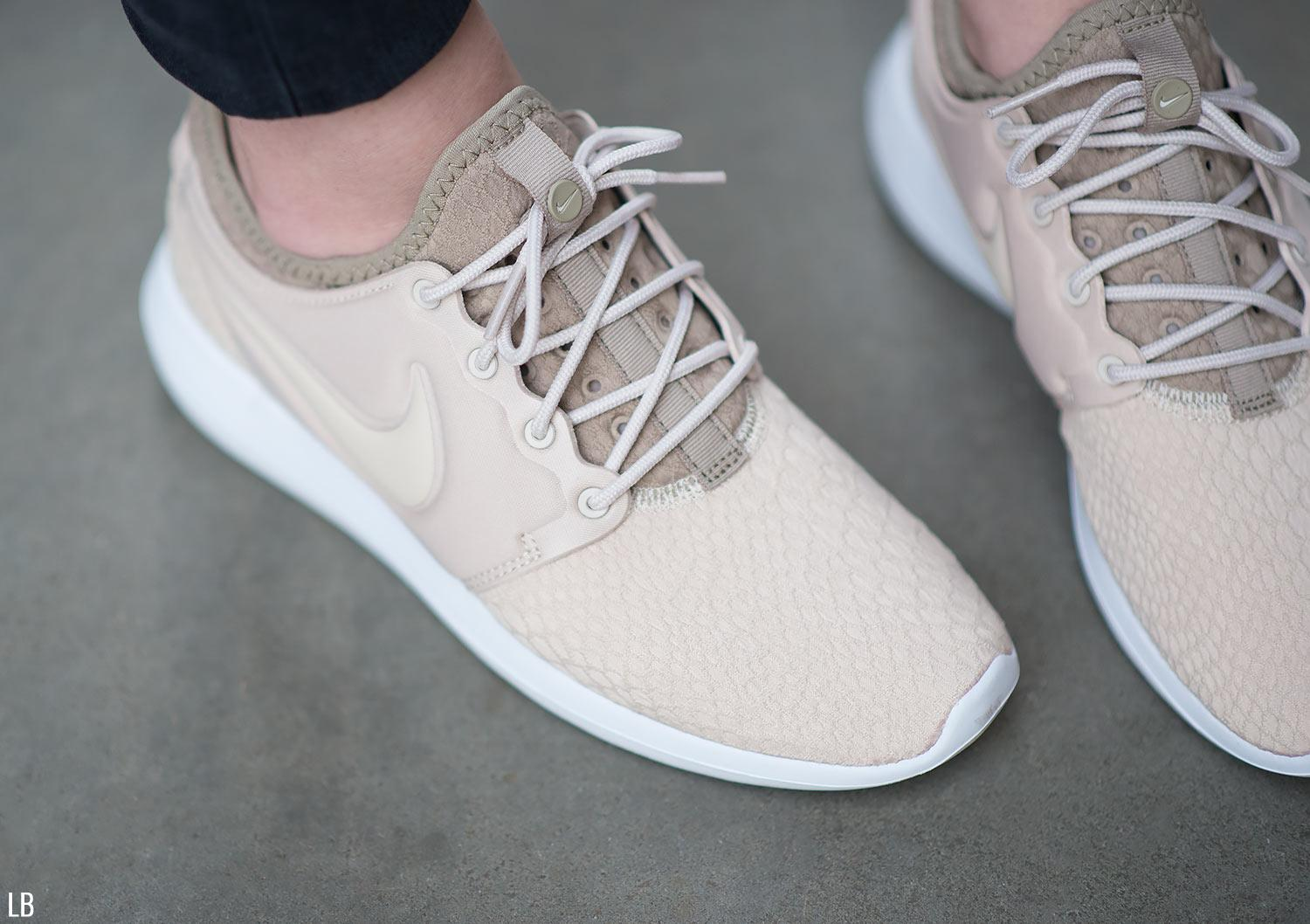 9899acbd6587 Nike Roshe Two 844931 200 Trendy Women s Shoe Best Price sivalicc