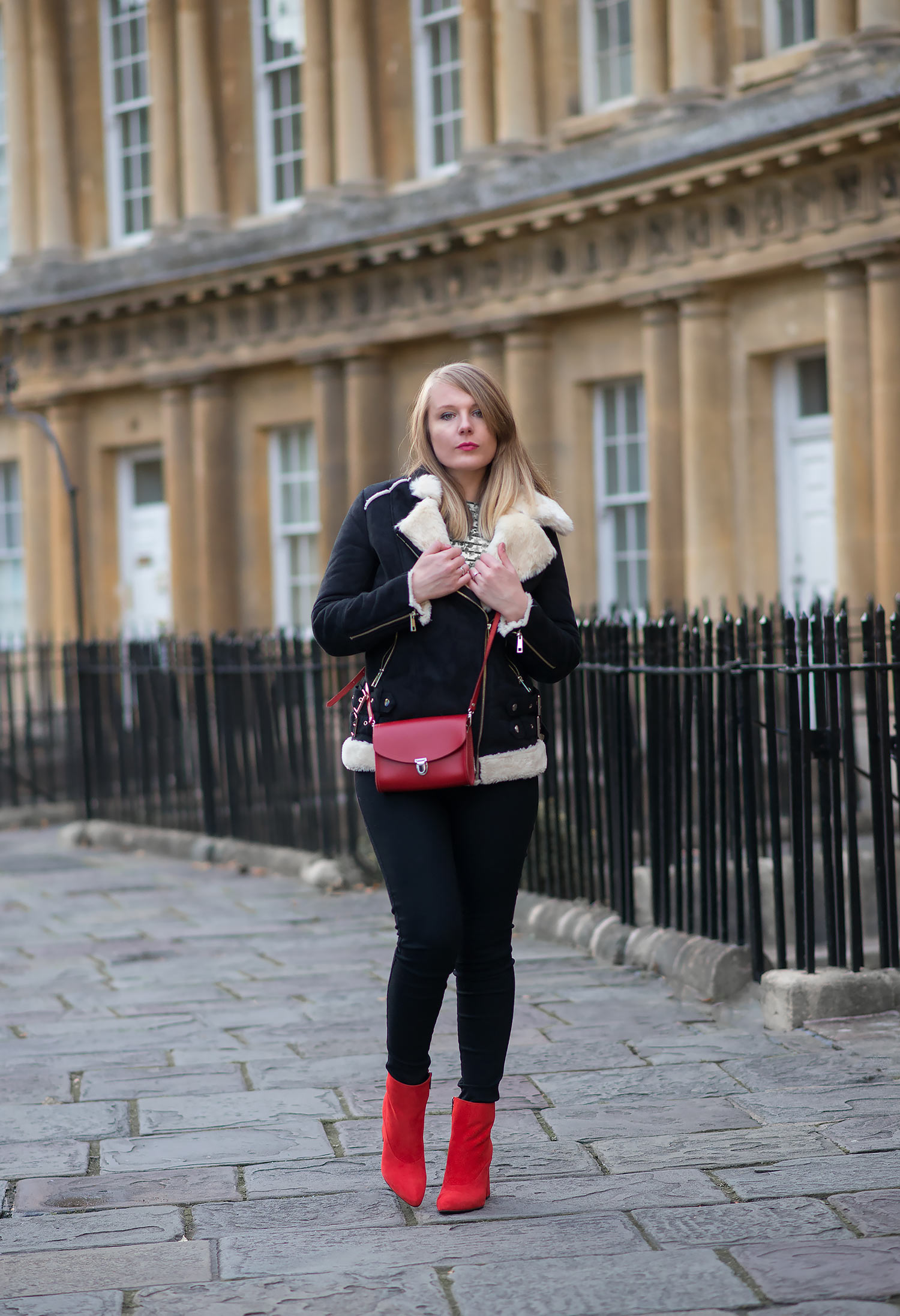 How To Style Red Boots   Raindrops of