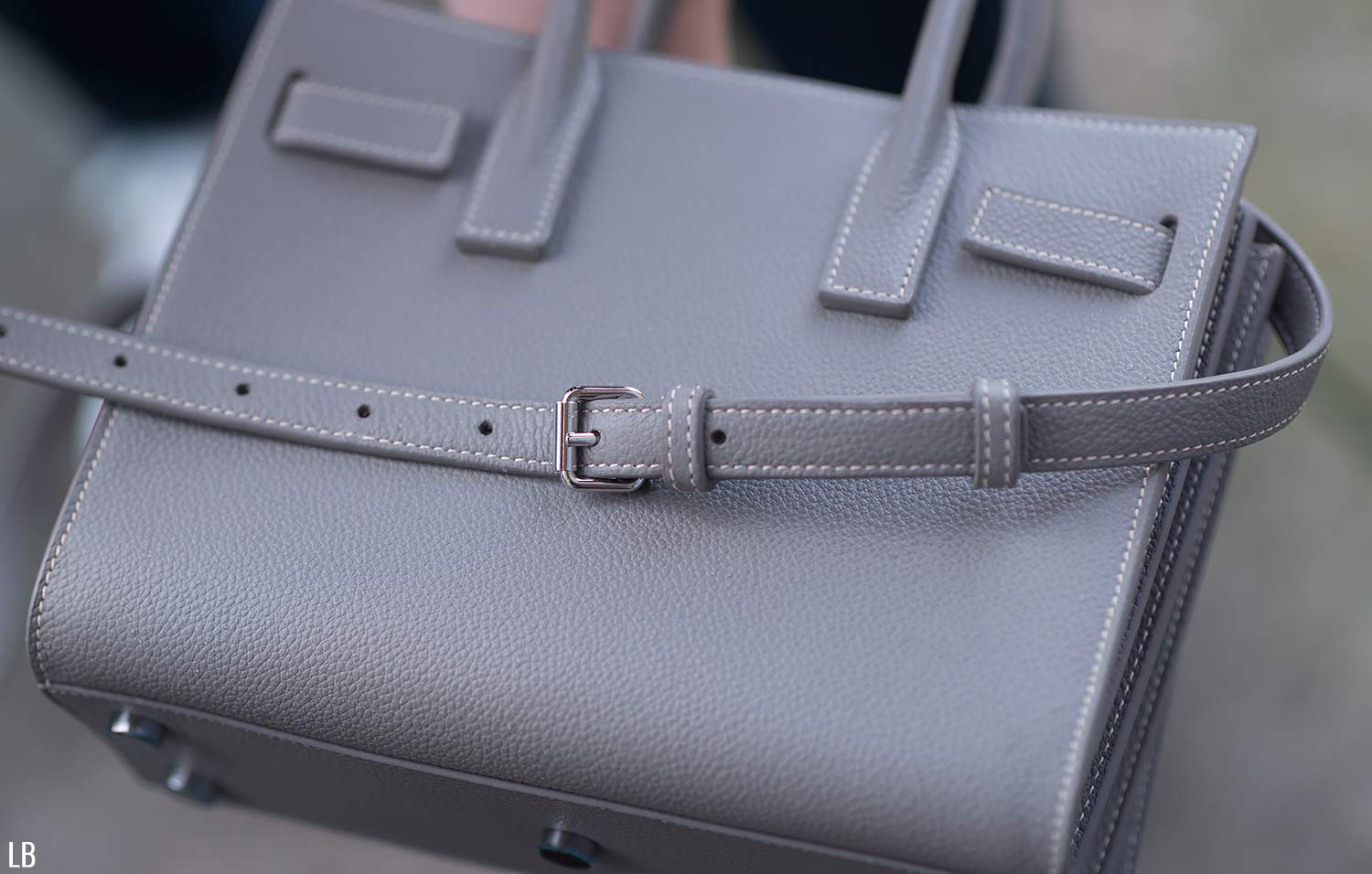 098efb6c39ca5 ... but in a muted and understated way. It s a gorgeously designed bag with  fantastic details on it
