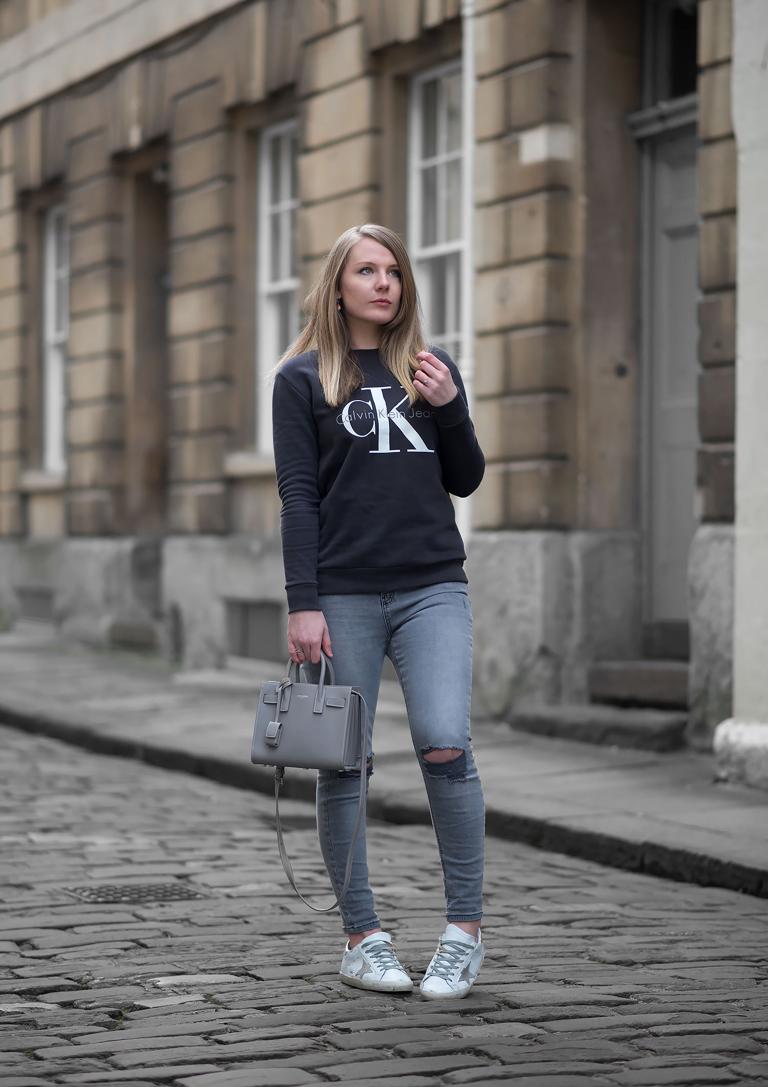 c95be310f1d Calvin Klein Logo Sweatshirt With Skinny Jeans Outfit